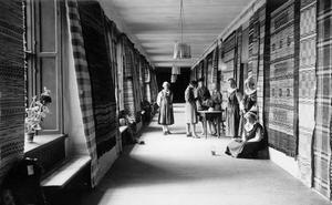 Västeråsutställningen 1929. Västmanlands hemslöjd, kasernerna regementet Viksäng.