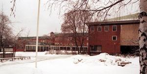 Sandvikens kommun söker lösningar för hur Kulturhuset Drottningen (Baptistkyrkan), Bessemergymnasiet och Hammargymnasiet ska användas i framtiden.