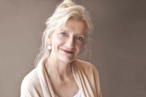 Elizabeth Strout skriver lågmält och lyhört om en skör mor/dotterrelation i romanen