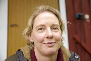 Linda Forss hamnade av en slump på Östersundskolonin i Åsa på västkusten. Det väckte intresset för barnkolonierna.