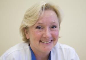 """vill bli bättre. """"Vi får inte vara nöjda. Vi arbetar varje dag för att förbättra oss"""" säger Eva Edberg, hygiensjuksköterska."""