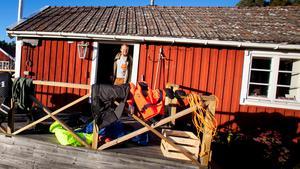 Här ska Carl Hedlund bo på Agön nu under vintern. Hans förhoppning är att stanna på ön till slutet av april.
