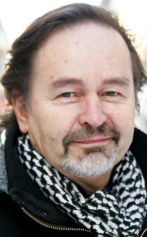 Magnus Ottelid, 65 år, Östersund:– Svaret är ja. Men det måste vara bra skådespelare och en bra pjäs. Senast var det Kung Lear med Sven Wollter på Stadsteatern i Stockholm. Den var bra.