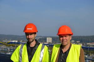 Dagbladets reportageteam på bron:    Conny Pedersén, foto och Leif Johansson, text.
