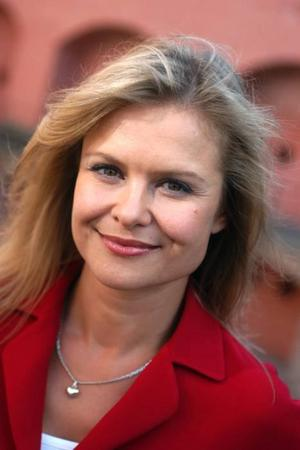"""Började med lyckohjulet. Ulrika Nilsson, numera nyhetsankare på TV 4, började sin karriär i """"Lyckohjulet"""" under 90-talet."""