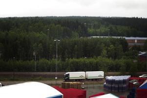 Miljonprojektet. Spendrups har valt väg, det blir på Skakelbacken på andra sidan riks- och järnväg som Sveriges största bryggeri ska byggas.