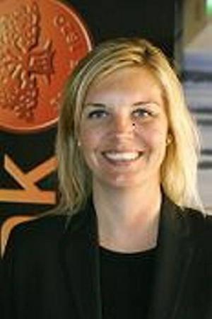 VILL STÖTTA FÖRETAGEN. Lotta Petterson, blir ny regionchef för Svenskt Näringsliv i Gävleborgs län. Hon rekryteras från Swedbank där hon varit chef för kontoren i Hofors, Torsåker och Ockelbo.