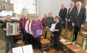 Svärdsjö Pensionärskör deltog i Gudstjänsten.
