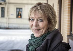 Skolchefen Carin Mellqvist vill se en lösning till terminstarten, hösten 2016.