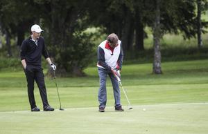På söndagen puttades golfveckan i Hudiksvall i gång.