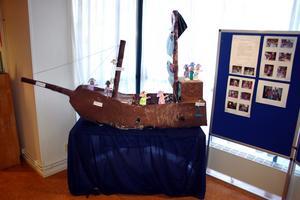 En sjörövarutställning som Skattkistan gjorde 2011 och ställde ut på biblioteket i Fjugesta.