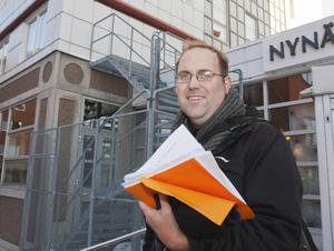Jonas Carlsson är ordförande för Hyresgästföreningen i Nynäshamn.