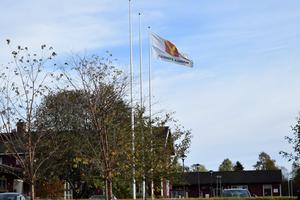 Beslutet om höjd kommunalskatt i Gagnefs kommun blev återremitterat och därmed fattas varken beslut i den frågan eller budgetfrågan förrän vid nästa kommunfullmäktige den 10 november.