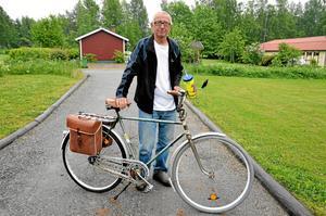 Trotjänare. Ikväll står Curt Carlsson på startlinjen med samma gamla trotjänare som han körde sitt första Vättern Runt på 1974.