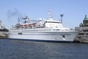 Kryssningsfartyget M/S Delphin som kan bli flyktingboende i Norrsundet.
