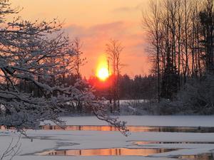 I det iskalla vädret blev det en märklig solnedgång.