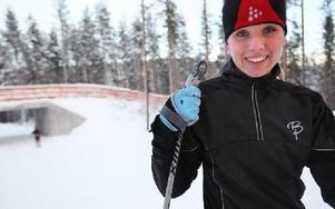 Carina Henriksson åker till Bergebo för att åka skidor nästan varje dag.-- Jag kan inte låta bli, säger hon.FOTO: ANNIKA BJÖRNDOTTER