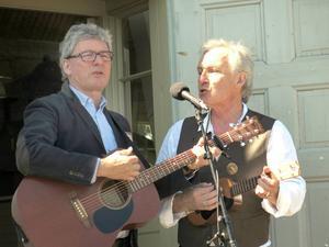 Urban Forsgren och Bengt Söderhäll sjöng Stig Dagermans gripande ord i