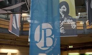 I JB-koncernens konkursbo saknas en miljard kronor – pengar nog för att driva hela Sundbybergs kommun i drygt sex månader. Pengar som vi gemensamt nu måste betala.