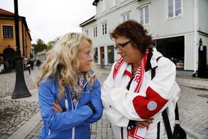 Under slutspruten av valet  kommer partierna stöta på varandra på Stora torget i Norrtälje i samband med valstugorna. Redan nu planerar Ann Lewerentz och Margareta Lundgren hur valarbetet ska gå till. – Stämningen är rå, men hjärtlig, säger Ann Lewerentz.