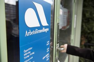 Men om nu staten vill ha in äldre i arbetslivet igen, börja titta på hur många inom 55-65-årsåldern som är arbetslösa i Sverige, skriver debattförfattaren.