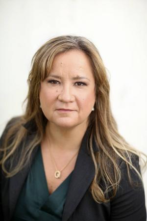 Malin Persson Giolito skriver nästan alltid om sådant hon själv har god kännedom om.
