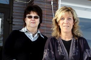 Eva Sundström och Annelie Lindberg är de som arbetar i Laxå kommuns uppsökande verksamhet för personer 80 år och äldre.