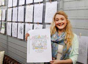 I veckan har den som vill haft möjlighet att se delar av innehållet i Emelies bok på Söråkers Folkets hus, där hon har en utställning.
