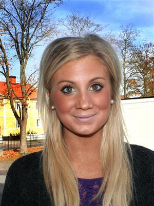 Maja Lindfors, 18, studerande, Bönan:– Jag tycker att Goya är bäst i Gävle eftersom de spelar bra musik där.