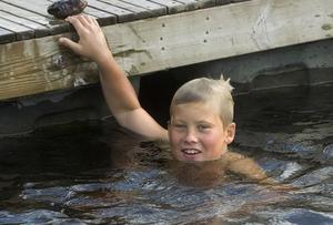Tim Severin tvekade inte att hoppa i vattnet, även om han tyckte att det var ganska kallt.
