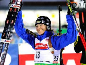 Anna Carin Olofsson-Zidek sköt fullt, och fick äntligen kliva upp på pallen igen. Foto: Scanpix