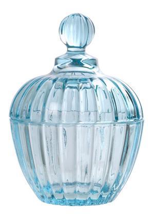 Solstrålefångare. Karamellskål i glas med knopp, finns i flera färger på Lagerhaus, pris 69 kr.