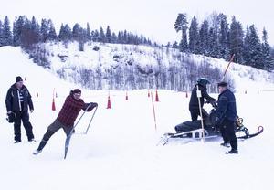 Det var inte det lättaste att stå emot den sprutande snön vid starten.