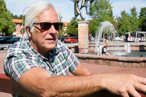 Ulf Haglund är positiv till Karl Samuelssons förslag och tycker att det är bra att invånarna engagerar sig.