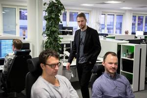 Anders Härén är chef på DMU som kommer ha uppåt 40 anställda under nästa år. Alla jobbar för att optimera den digitala medieutvecklingen och upplevelsen för läsare och kunder.