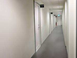 Videorum där samtal med asylsökande kan hållas på distans.