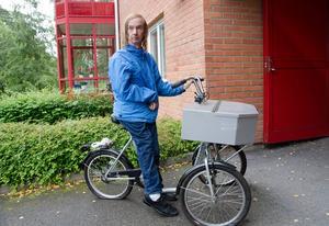 Jens Bäckströms stulna cykel är tillbaka, men den är delvis vandaliserad och har punkterade däck.