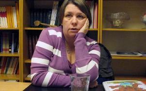 Susanne Johansson berättar om sitt fall för att hjälpa andra föräldrar med svårt sjuka barn.-- Jag tycker att det vore bra om myndigheterna som har hand om ärendena gör ett besök på Akademiska. De borde se hur det är att ta hand om gråt och kräks och in