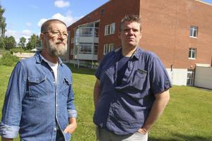 Redan för ett par år sedan var vänsterpartisterna Conny Bringås och Lars Handegard starkt kritiska till att kommunen skulle köpa Biskopsgården av landstinget. Nu anser de sig ha fått rätt i sina farhågor.