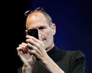 Steve Jobs hade visa problem under presskonferensen.