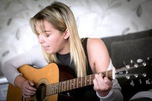 – Musiken är mer privat i dag, säger Amanda Derksen.
