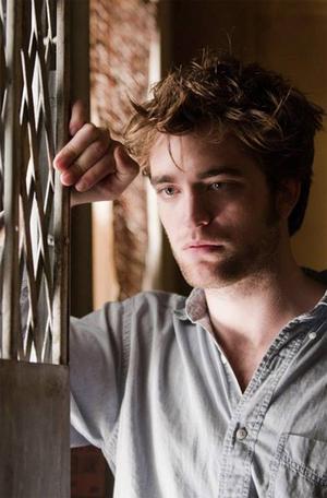 En sån snygging! Robert Pattinson får unga tjejer att sucka av förtjusning i