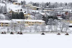 Skoteråkare på väg ut från Funäsdalen.