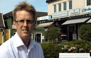 Bekräftelse. Henrik Olofsson berömmer företagen i Askersund.