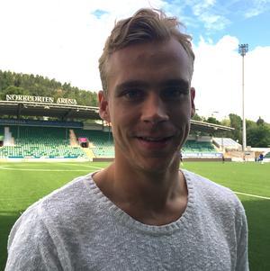Pontus Engblom besökte GIF Sundsvalls träning på onsdagen.