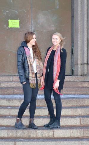 Matilda Melin, Andrea Lundqvist, Alexander Lund och Annalina Lindgren är de artister som uppträder på adventskonserten.