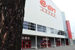 Någon besiktning innan arenaaffären ska upp i fullmäktige den 15 juni hinns inte med, enligt Timrås kommunalråd Ewa Lindstrand (S).