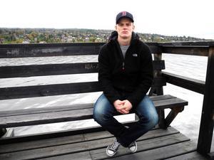 Mats Hjort, 21, var lagkapten i IFK Ore. Nu räknar han sig själv som klubblös.