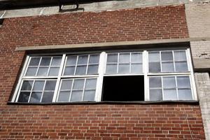 Gamla fönster ska tas om hand och renoveras.