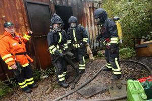 Rökigt och närmare 60 grader varmt var det inne i containern som brann.Foto: Håkan Degselius